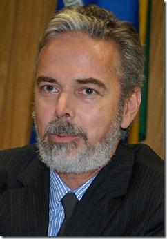417px-Antonio_patriota_2010