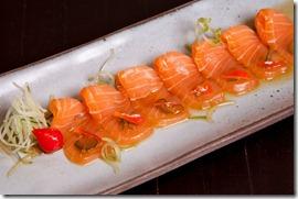 carpaccio zuke de salmão
