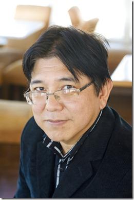 Oscar Nakasato, vencedor do 1º Prêmio Benvirá de Literatura, com a obra Nihonjin.