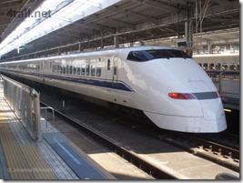 jap_shinkansen_300_1_2560