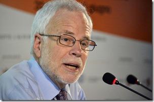 VisioniMONETE FRA GENERAZIONI Nella foto: Barry EICHENGREEN Festival dell'EconomiaFacoltà di Giurisprudenza Aula MagnaTrento, 1 giugno 2012Foto Romano Magrone