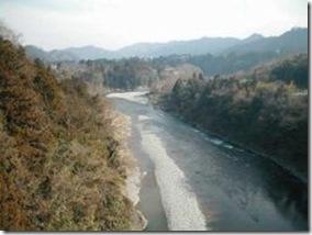 250px-Tama-River-near-Ome
