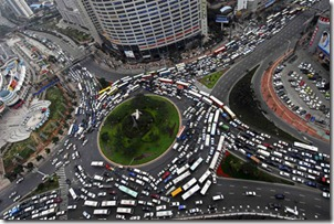 Drivers-Stuck-in-Traffic-Jam-for-9-Days-in-China