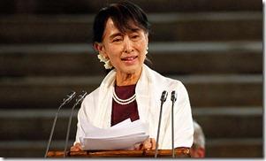 Aung-San-Suu-Kyi-at-Westm-008
