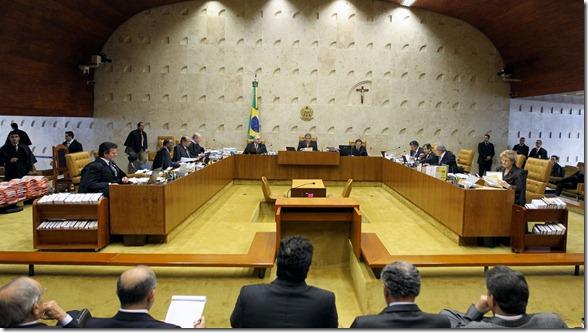 23ago2012-plenario-do-stf-no-14-dia-de-julgamento-do-mensalao-1345749719729_1920x10801