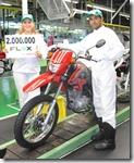 Moto-Honda-2-milhoes-de-motos-flex-produzidas_(1)